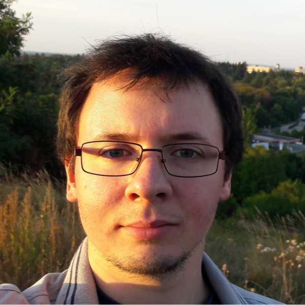 Dejan Azinović